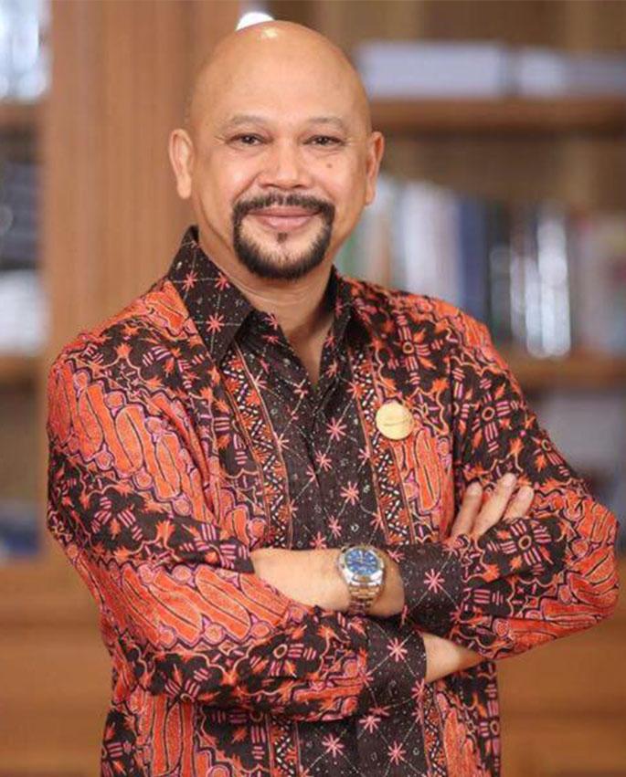 Dr. Hammam Riza