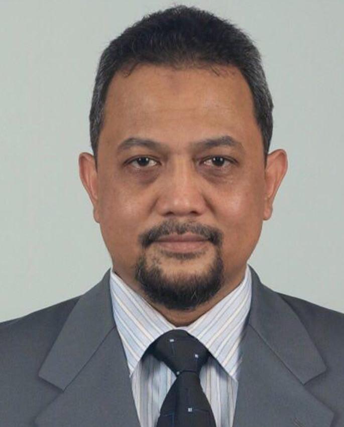 Dr. Yan Rianto